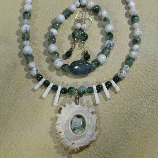 Moss Agate & White Howlite Gemstone Jewelry Set